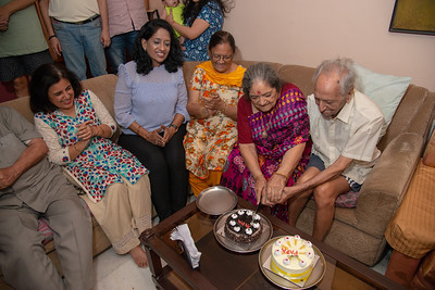 Papa cutting the cake at his Birthday Celebrations at Eden-4, Powa, Mumbai on 5th May, 2018.