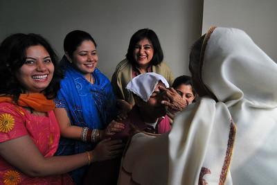 Nimisha wed Piyush Seth in Patna on 1st Feb, 2008. Morning prayers conducted in the room at Hotel Magadh, Patna.