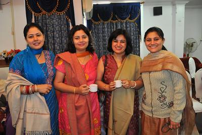 Piyush's sisters. Priya, Divya, Vandana, Nupur. Breakfast at the Hotel Magadh, Patna at Nimisha & Piyush Seth's wedding in Feb, 2008.