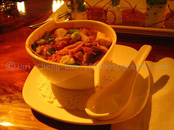 OshaThai - Financial District (sum yum soup: 21 pts)