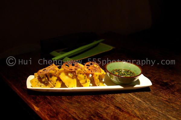 Vegetarian Buddhist Delights (dumplings)