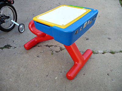Child desk, in good condition.  Pegboard under lid.  $10