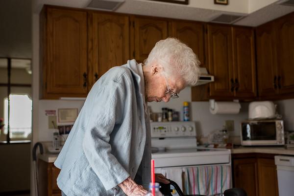 2017.11.11 - Grandma Lotus in her kitchen