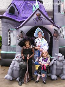 20081031 - AshlynnBayleeHanna-Halloween-02