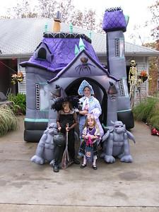 20081031 - AshlynnBayleeHanna-Halloween-04