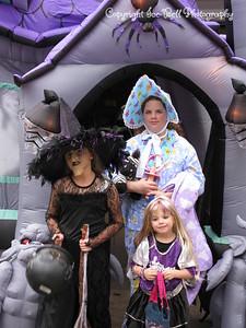 20081031 - AshlynnBayleeHanna-Halloween-03