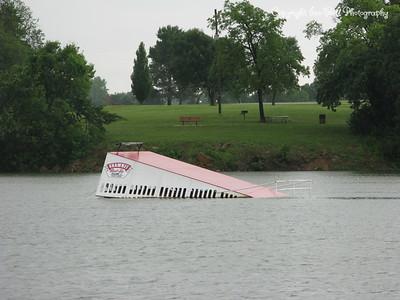 20100616-LakeShawneeAfterTheRain-17