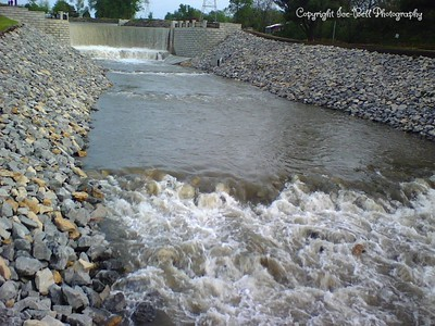 05/07/2007  Lake Shawnee Spill Way.  Sometime between 7:30 and 8:30pm.  Over 12 hours since the rain stopped.