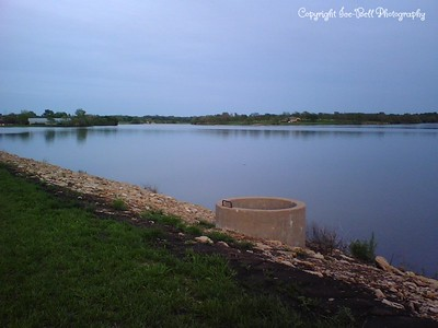 05/07/2007  Lake Shawnee.  Looking out from top of dam.