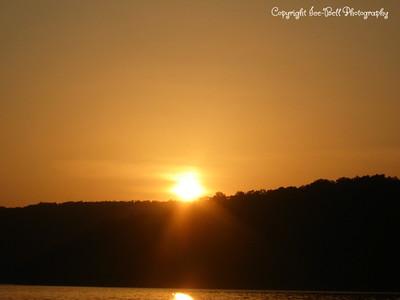 07/27/03  Sunset on Table Rock Lake