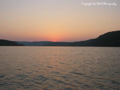 07/26/03  Sunset on Table Rock Lake.