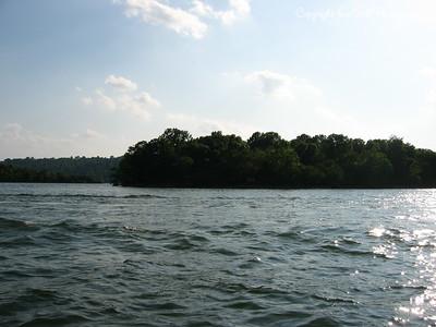 05/28/03  The Missouri Arkansas boarder.  The lake runs in both states.