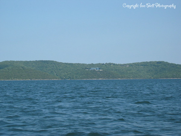 05/28/03  The all glass house on Table Rock Lake.  It is corporate owned.