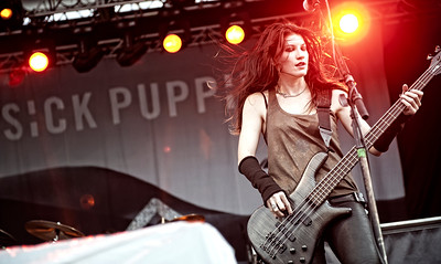 Ema Anzai of Sick Puppies