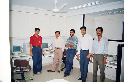 Staff at Live Wire! LWBBS & LWNET office at 401/402, Gateway Plaza, Hiranandani Gardens, Powai Lake, Mumbai