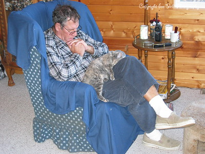 12/07/05  Gravel Gerdy and Dad asleep in the chair