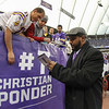 Ex-Viking Daunte Culpepper signs some autographs for fans at the Philadelphia Eagles at Minnesota Vikings NFL football at Mall of America Metrodome in Minneapolis, Minnesota