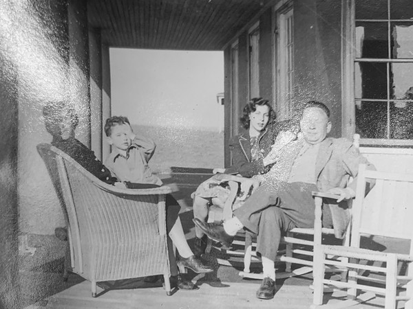 Jenny, Paul Ryack, Barbara Schiller Osborne and Abe