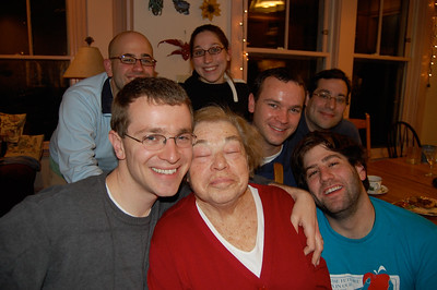 Bea with 6 grandchildren