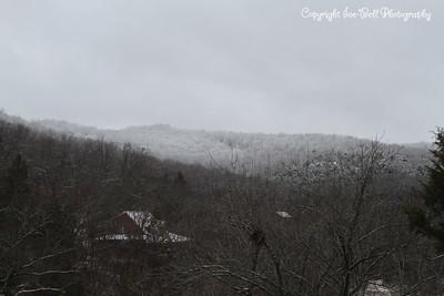 20130226-SnowfallInTheHills-10