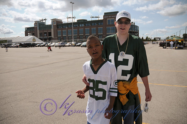"""Nick wanted a """"snapshot"""" in front of Lambeau"""