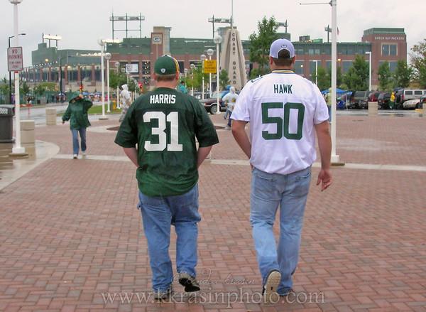 Heading to the stadium, following Harris & Hawk