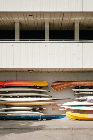 Paddleboard kayaks and canoes in Vevey