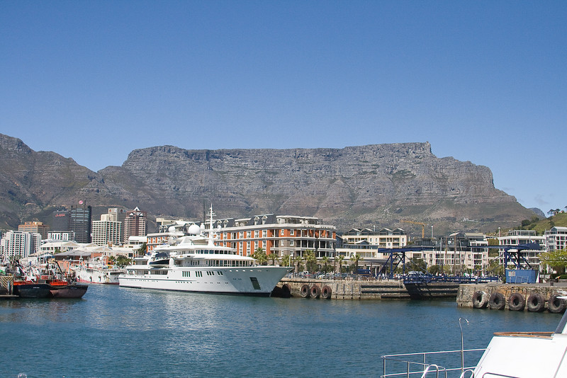 Table Mountain from V & A