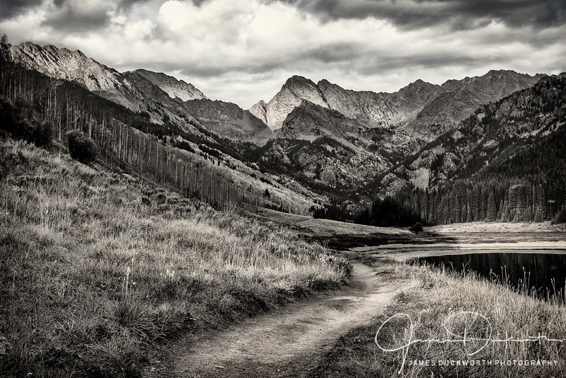Eagles Nest Wilderness Hiking Monochrome