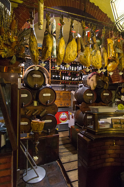 Around Granada - Taberna Casa Enrique