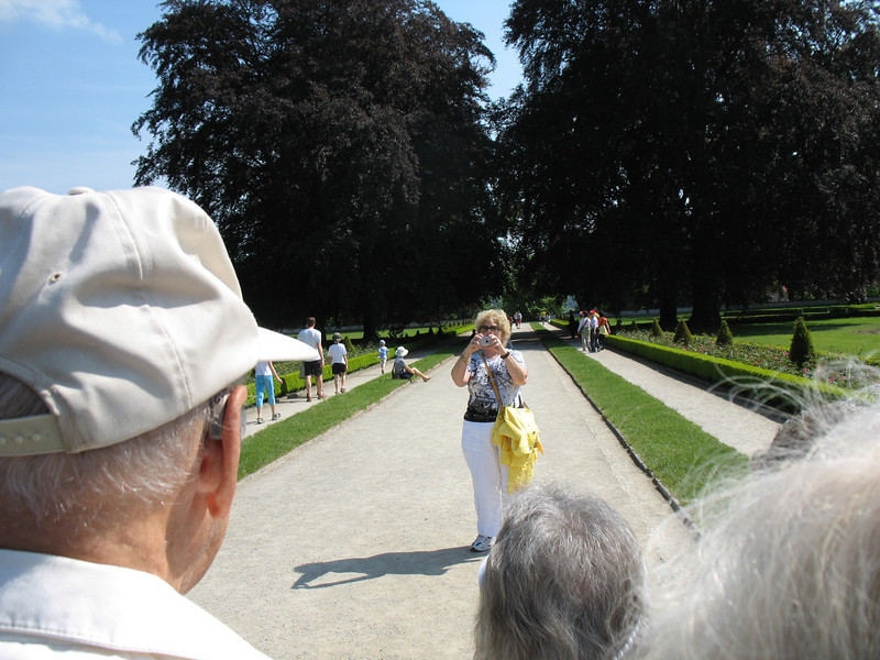 Official photographer (Judith) on the Chateau grounds