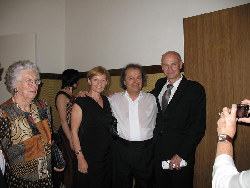 From left to rught: Joan, Jirina, violinist Vaclav Hudecek and <br /> Roman Belor