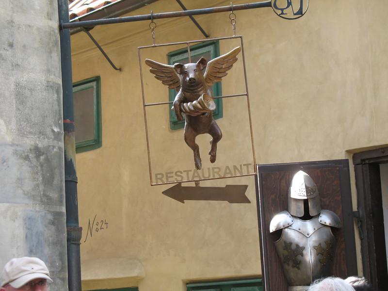 Flying Pig Restaurant -Golden Lane