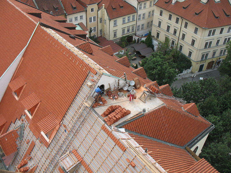 REPLACING THE ROOF TILES