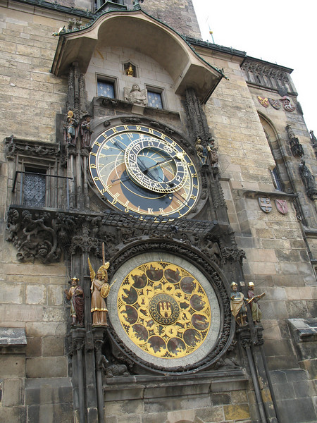 CLOCK AT OLD TOWN Square
