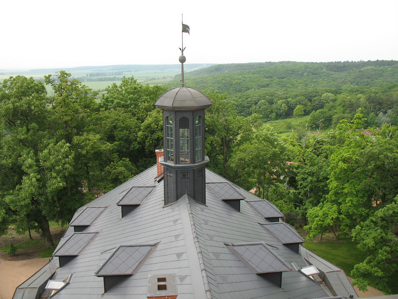 Rooftop Mcely Chateau