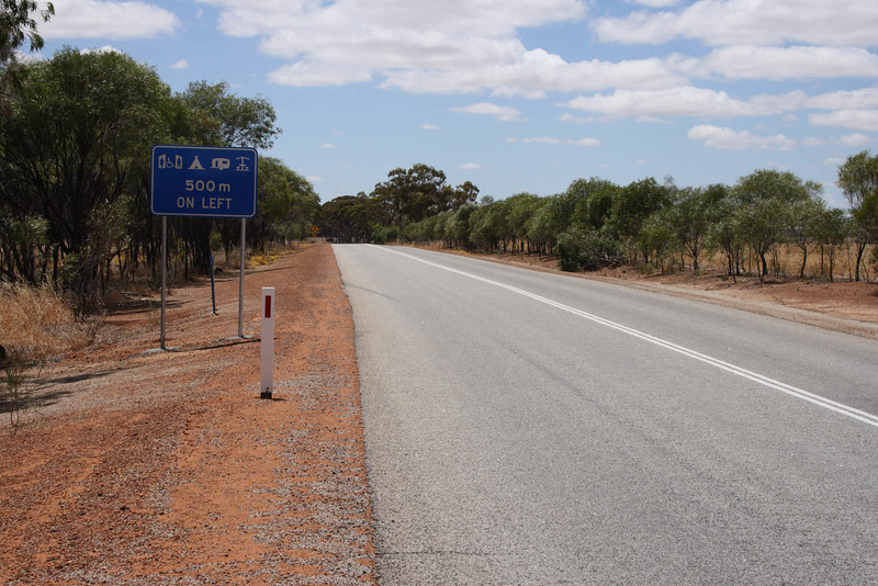 Kwolyin - Entrance sign on Quairading - Bruce Rock road
