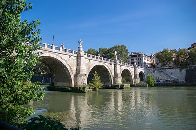 Ponte Sant'Angelo - Tiber River