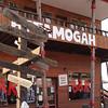 Ettamogah Pub replica - Signs