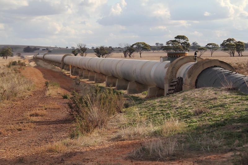 Perth-Kalgoorlie water pipeline