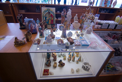 I took this photo because my grandma's house looks like she could sell these, they has soooooOOoooo many statues etc.