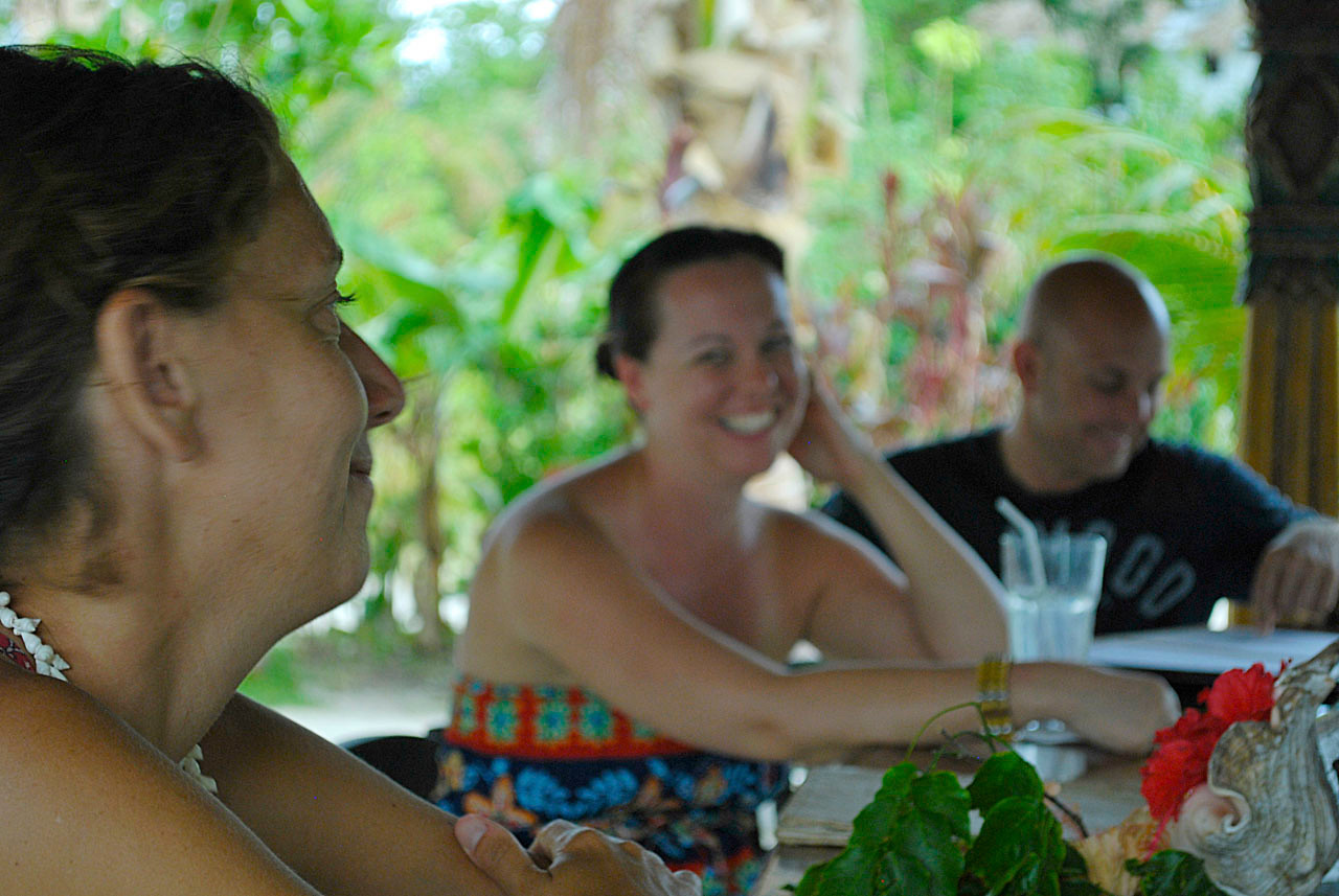 Drinks with friends, Matt and Caroline, Navutu Stars, Yaqeta Island, Fiji.
