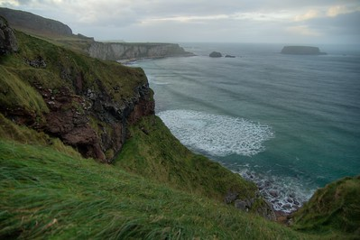 Coast near the Carrick-a-Rede rope bridge