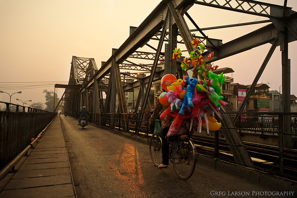 Sunrise on Long Bien Bridge, Hanoi Vietnam