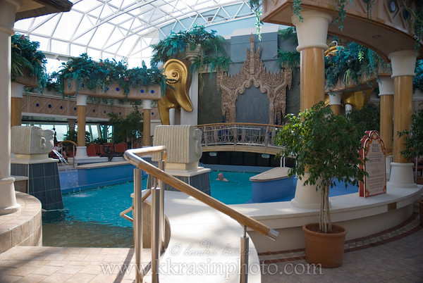 The adults-only Solarium.  There was a tropical theme with bird sounds playing in the background.