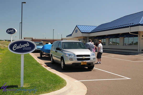 The all-important stop at the Culver's with boat parking