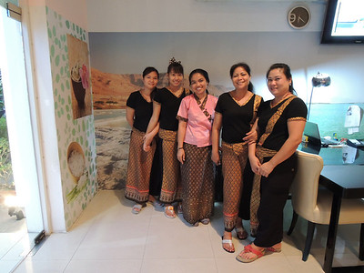 $15 Thai massages from these smiley body workers.
