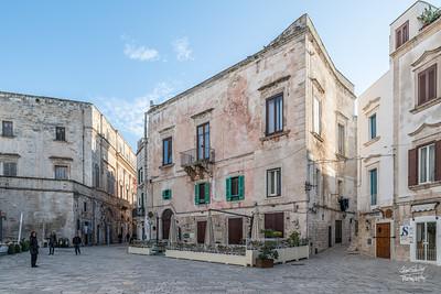 Along Piazza Vittorio Emanuele II in historic Polignano