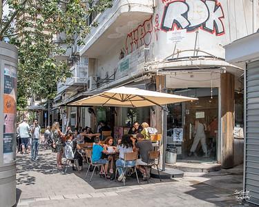 Brunch at Miznon - one of the best restaurants in Tel Aviv  for street food
