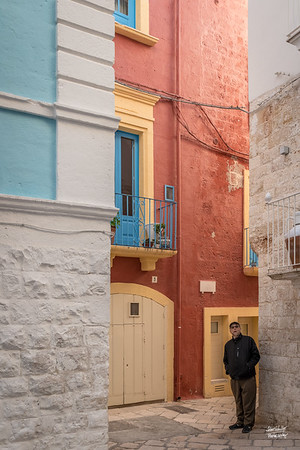 Great color on some buildings in historic Polignano